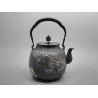 日本 南部铁器  蜡型铁壶   唐狮子布纹镶嵌